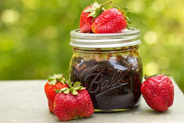Strawberry POM Chutney Recipe — Dishmaps