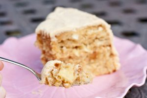 Family Friendly Fridays: Caramel Apple Cake