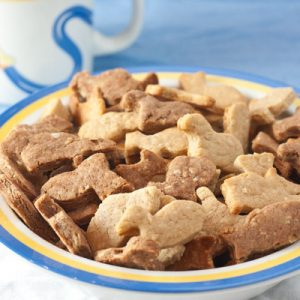 Family Friendly Fridays: Homemade Animal Crackers